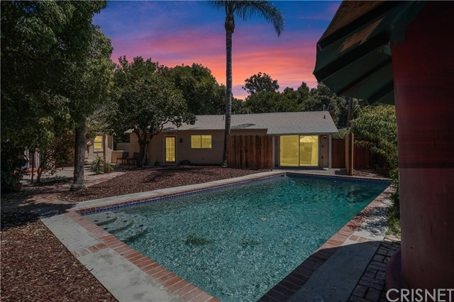 Closed   21036 Costanso Street Woodland Hills, CA 91364 15