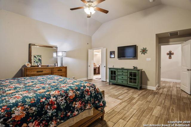 Active | 9010 GATE RUN Fair Oaks Ranch, TX 78015 14