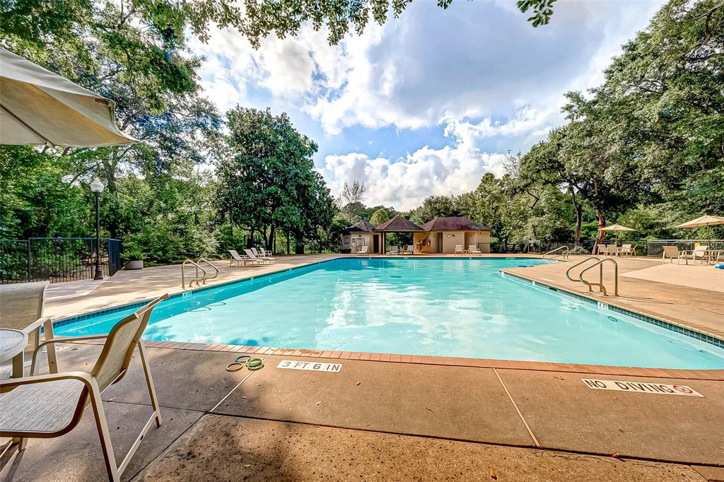 Active | 8971 Briar Forest Drive Houston, Texas 77024 39