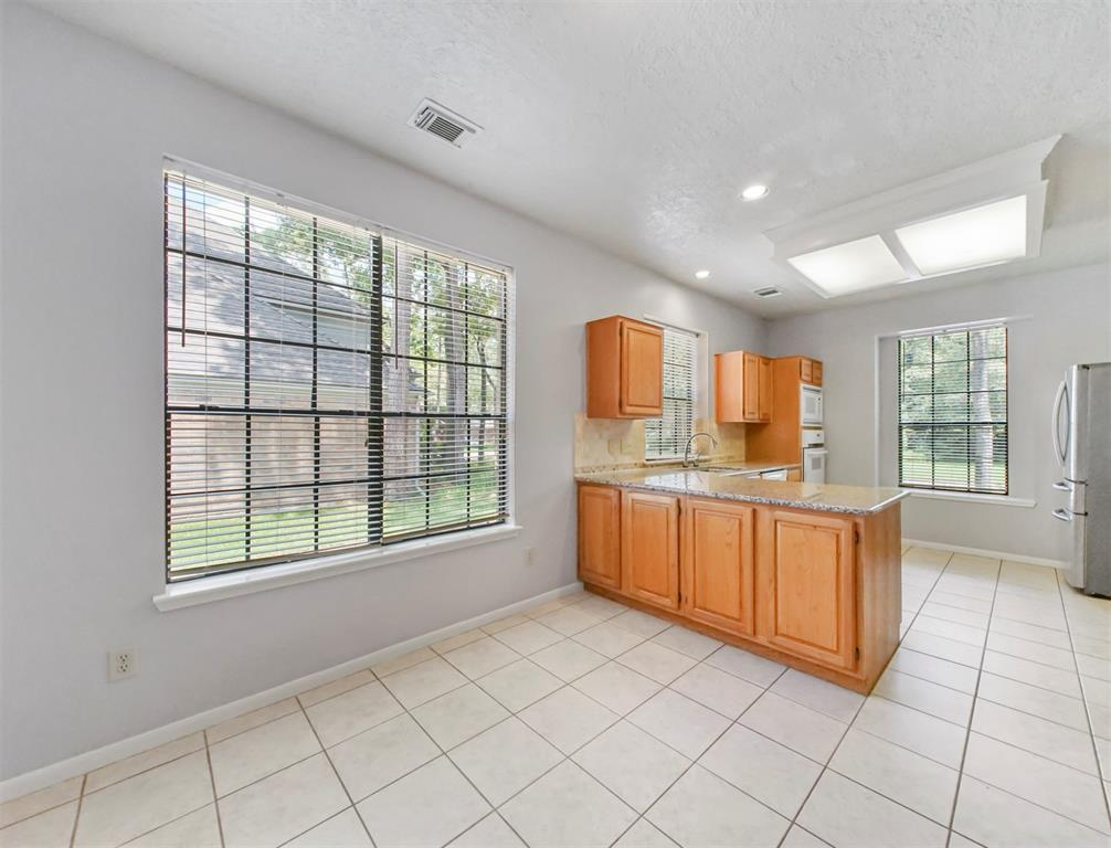 Pending | 6 Windledge  Place Spring, TX 77381 13