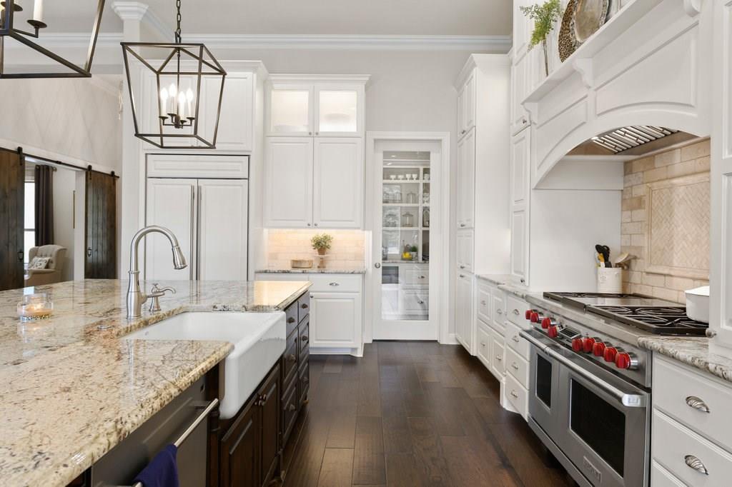 Luxury Home in Georgetown, Acreage Luxury Home in Georgetown   3115 Cavu  Road Georgetown, TX 78628 12