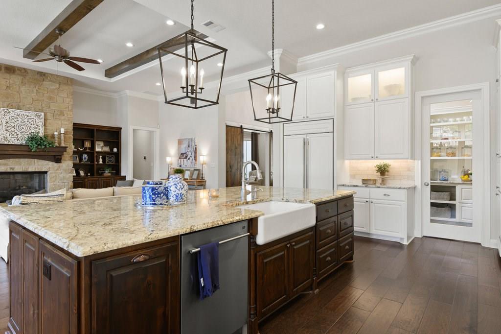 Luxury Home in Georgetown, Acreage Luxury Home in Georgetown   3115 Cavu  Road Georgetown, TX 78628 13