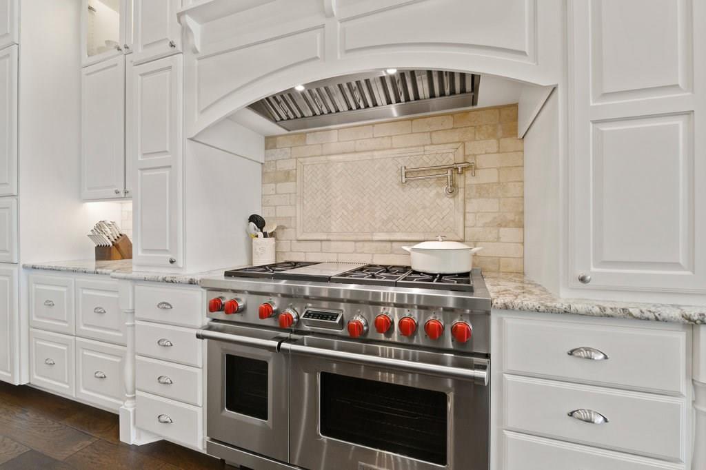 Luxury Home in Georgetown, Acreage Luxury Home in Georgetown   3115 Cavu  Road Georgetown, TX 78628 14