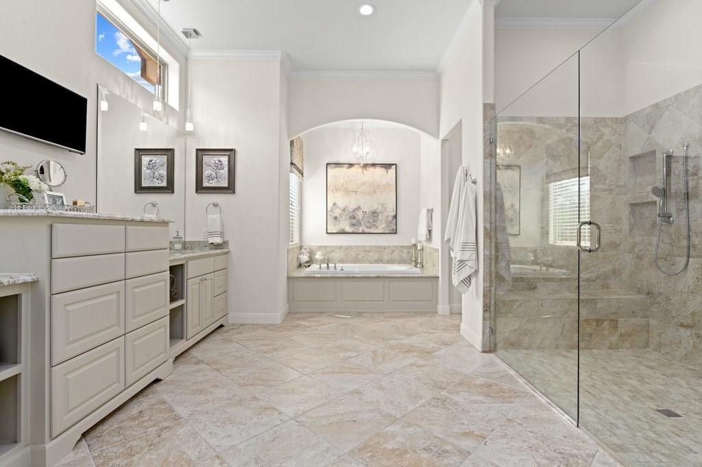Luxury Home in Georgetown, Acreage Luxury Home in Georgetown   3115 Cavu  Road Georgetown, TX 78628 18