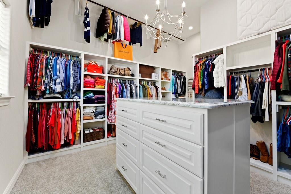 Luxury Home in Georgetown, Acreage Luxury Home in Georgetown   3115 Cavu  Road Georgetown, TX 78628 23