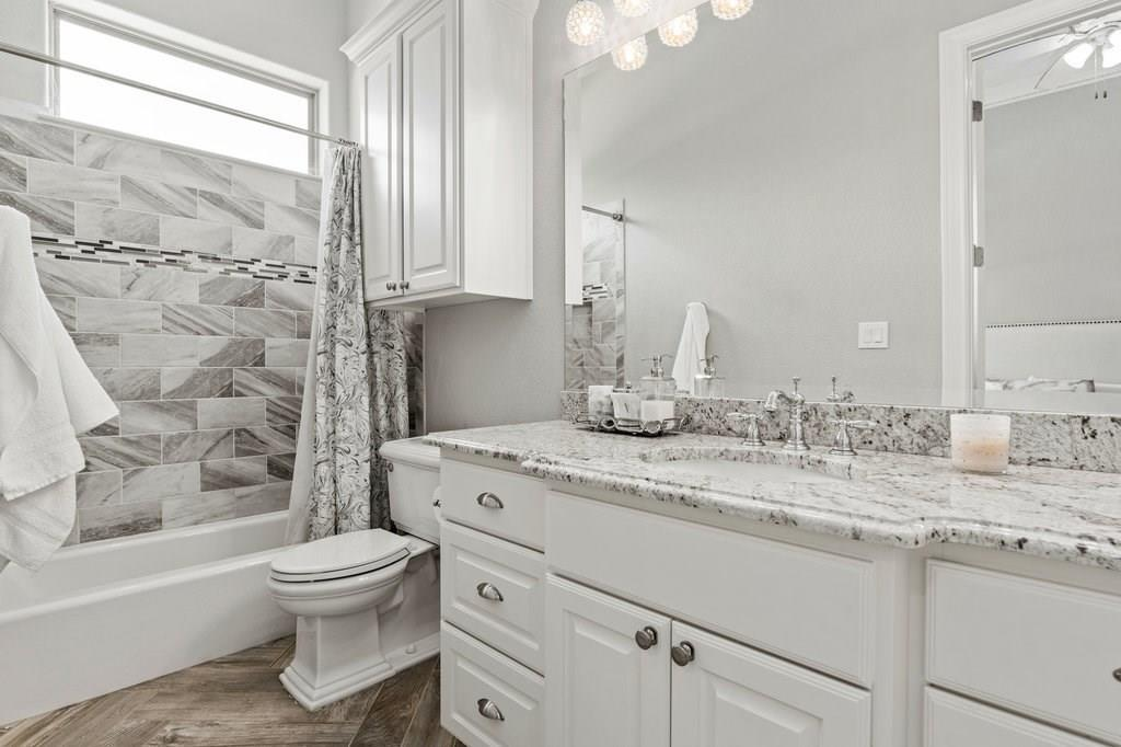 Luxury Home in Georgetown, Acreage Luxury Home in Georgetown   3115 Cavu  Road Georgetown, TX 78628 27