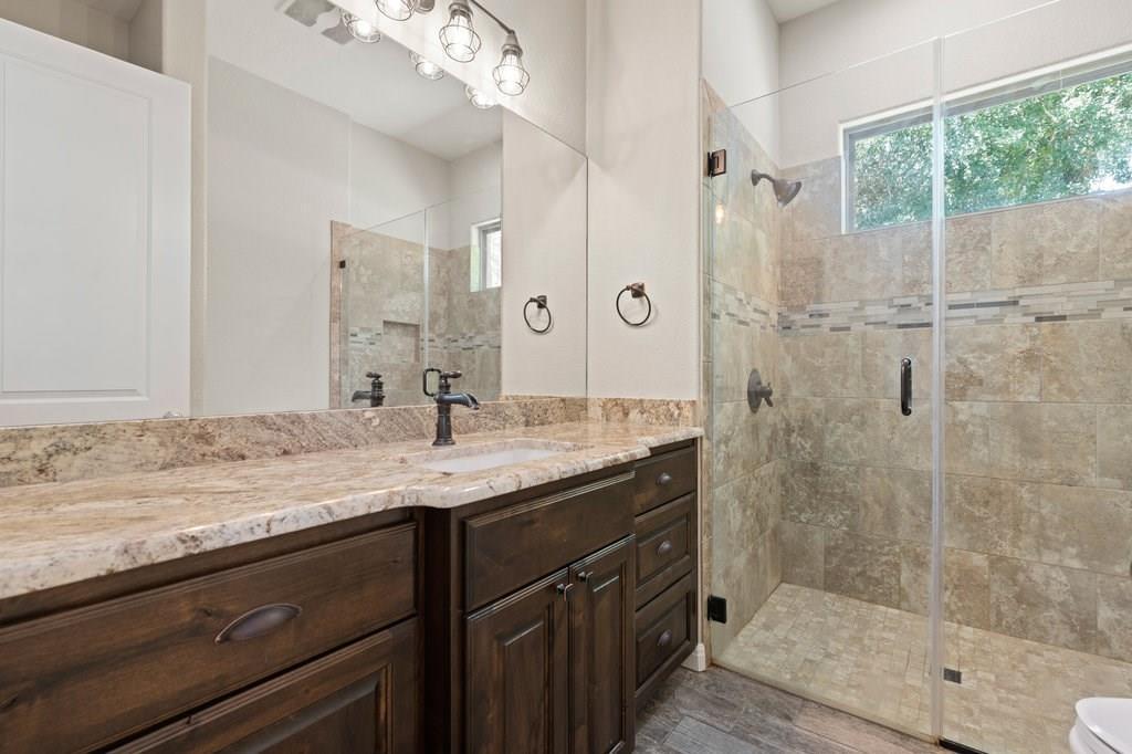 Luxury Home in Georgetown, Acreage Luxury Home in Georgetown   3115 Cavu  Road Georgetown, TX 78628 29