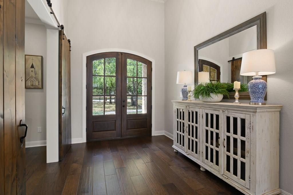 Luxury Home in Georgetown, Acreage Luxury Home in Georgetown   3115 Cavu  Road Georgetown, TX 78628 5