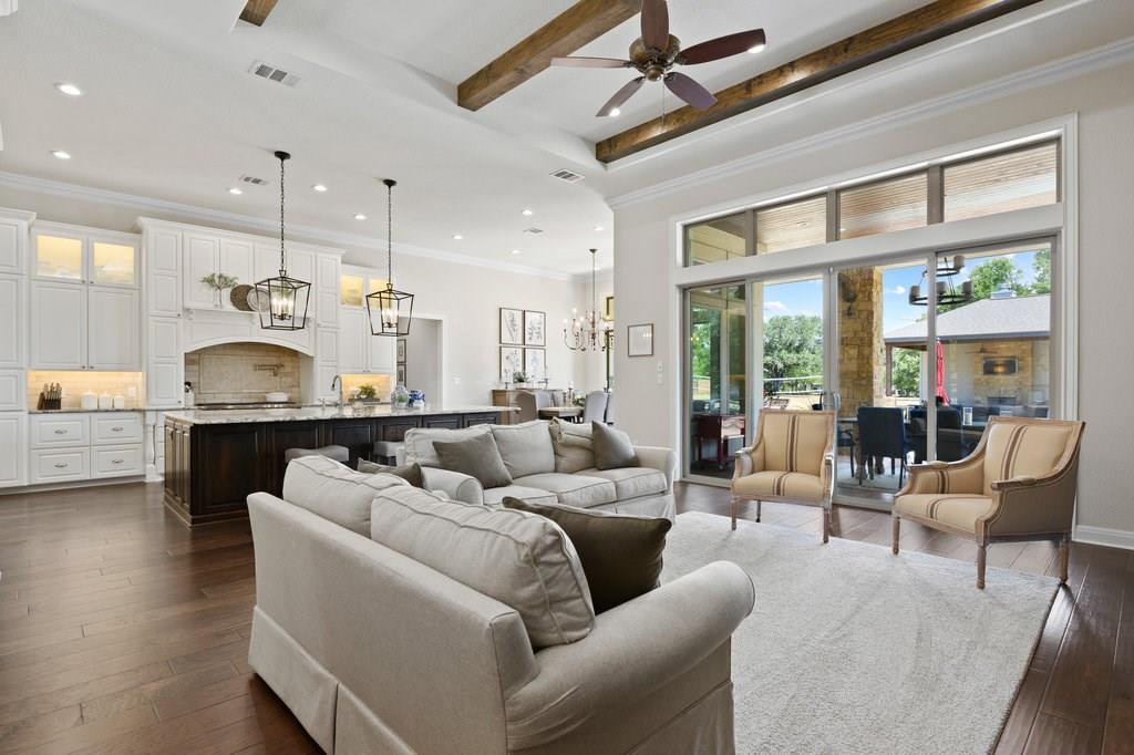 Luxury Home in Georgetown, Acreage Luxury Home in Georgetown   3115 Cavu  Road Georgetown, TX 78628 9