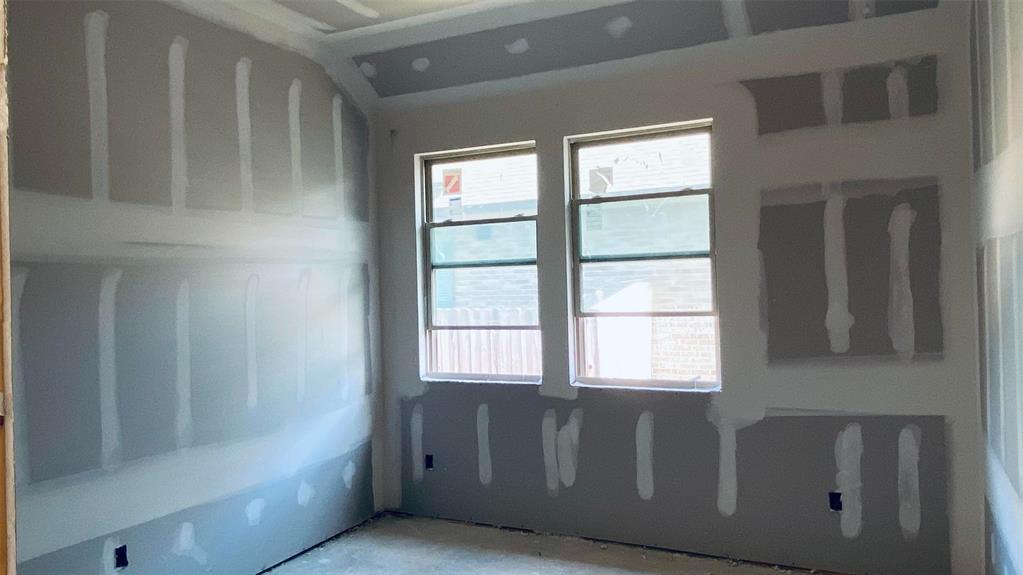Active   6007 Granite Shadow Lane Kingwood, Texas 77365 8
