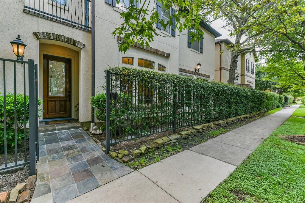 Active | 4013 Gramercy Street Houston, Texas 77025 2