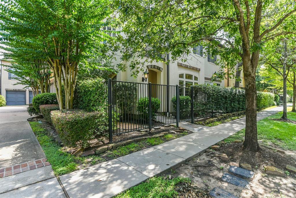 Active | 4013 Gramercy Street Houston, Texas 77025 3