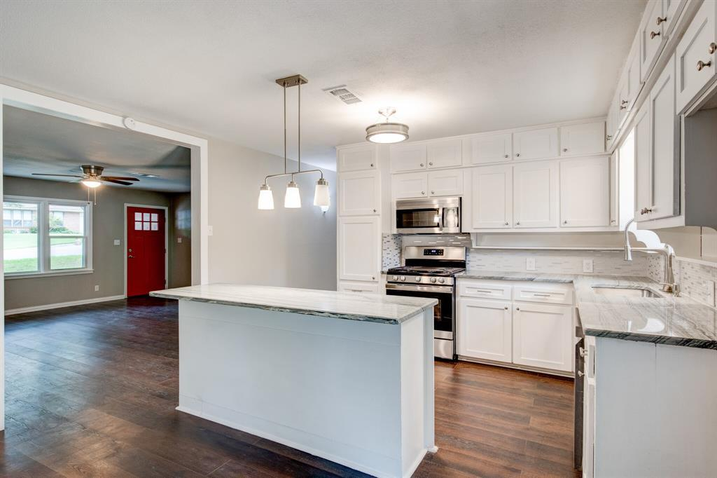 Sold Property | 3558 Cordone  Court Fort Worth, TX 76133 11