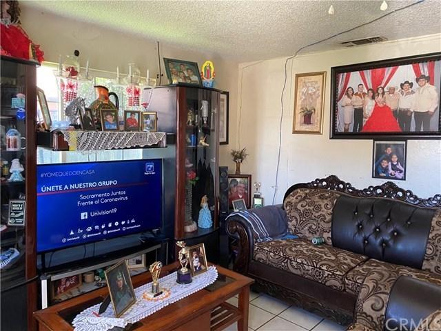 Pending | 336 1st  Street Livingston, CA 95334 1
