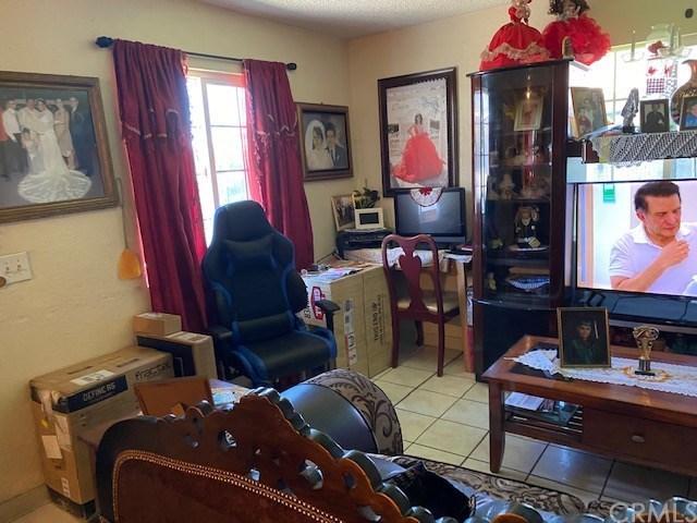 Pending | 336 1st  Street Livingston, CA 95334 10