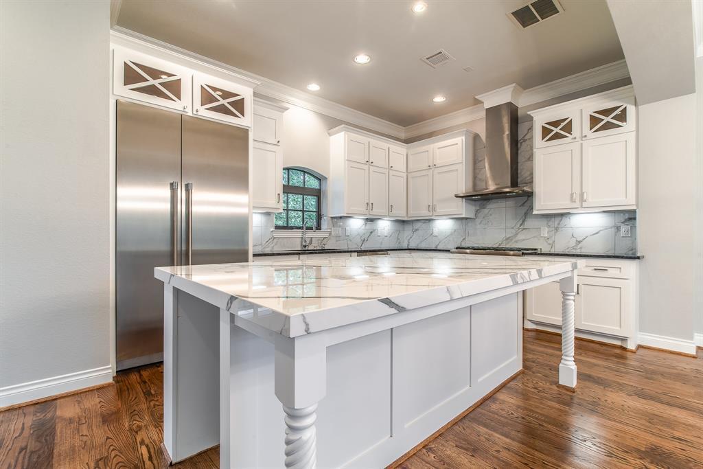 Luxury Townhomes in Houston | 7225 Janet  Street Houston, TX 77055 2