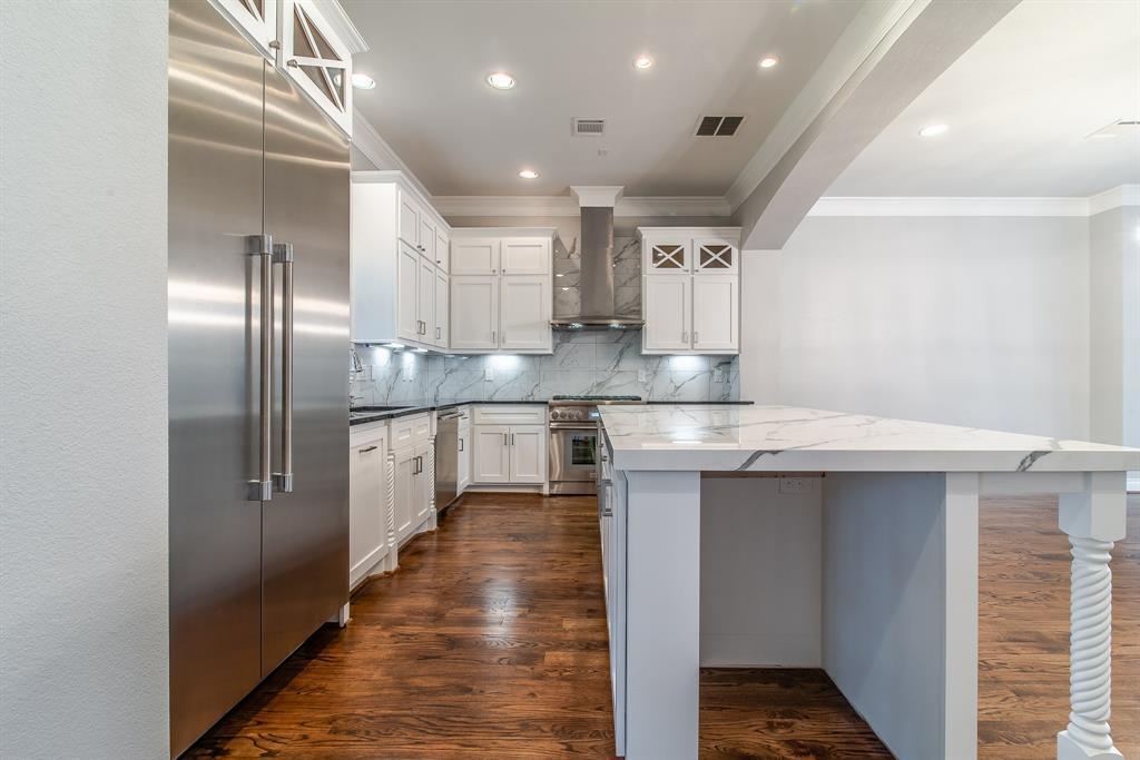 Luxury Townhomes in Houston | 7225 Janet  Street Houston, TX 77055 12
