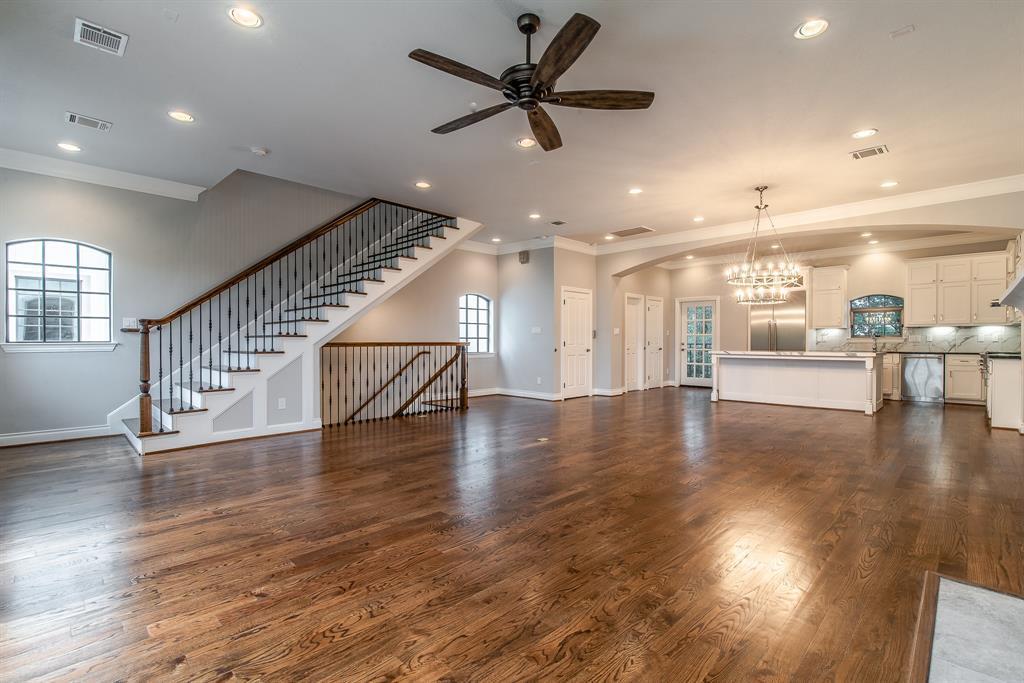 Luxury Townhomes in Houston | 7225 Janet  Street Houston, TX 77055 19
