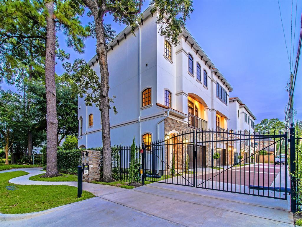 Luxury Townhomes in Houston | 7225 Janet  Street Houston, TX 77055 31