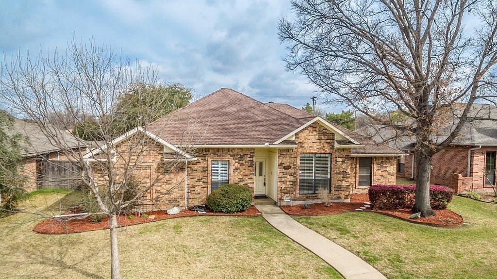 Great Location in Carrollton  | 1040 Magnolia Drive Carrollton, Texas 75007 2