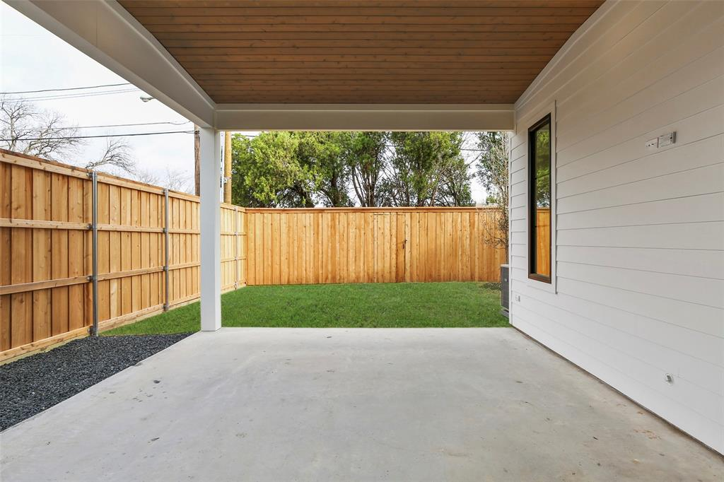 Pending | 4503 Hopkins  Avenue Dallas, TX 75209 34