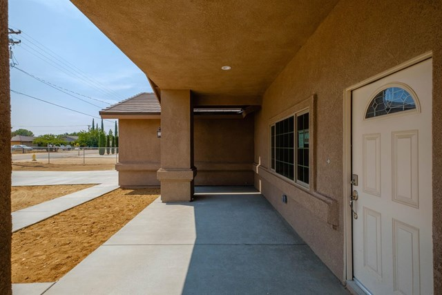 Closed | 17830 Bascom  Street Hesperia, CA 92345 9