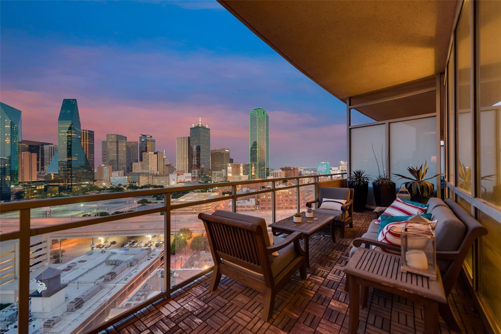 Active | 2200 Victory Avenue #1602 Dallas, Texas 75219 32