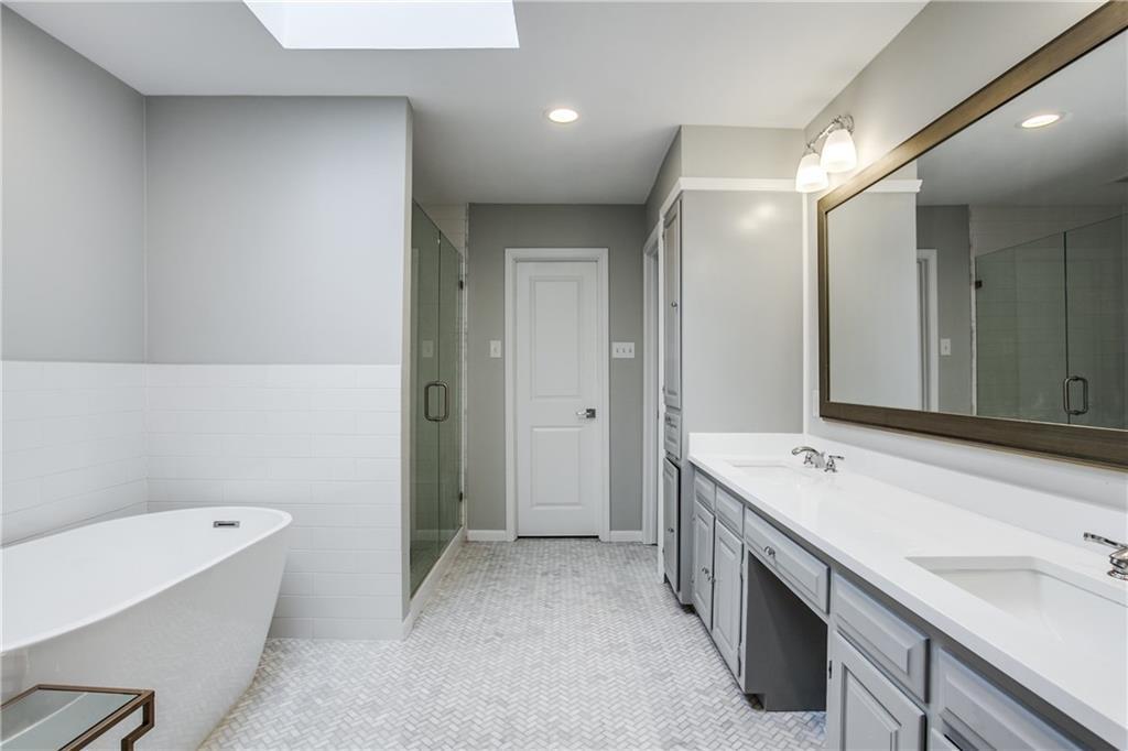 Sold Property | 7046 Northaven Road Dallas, Texas 75230 10