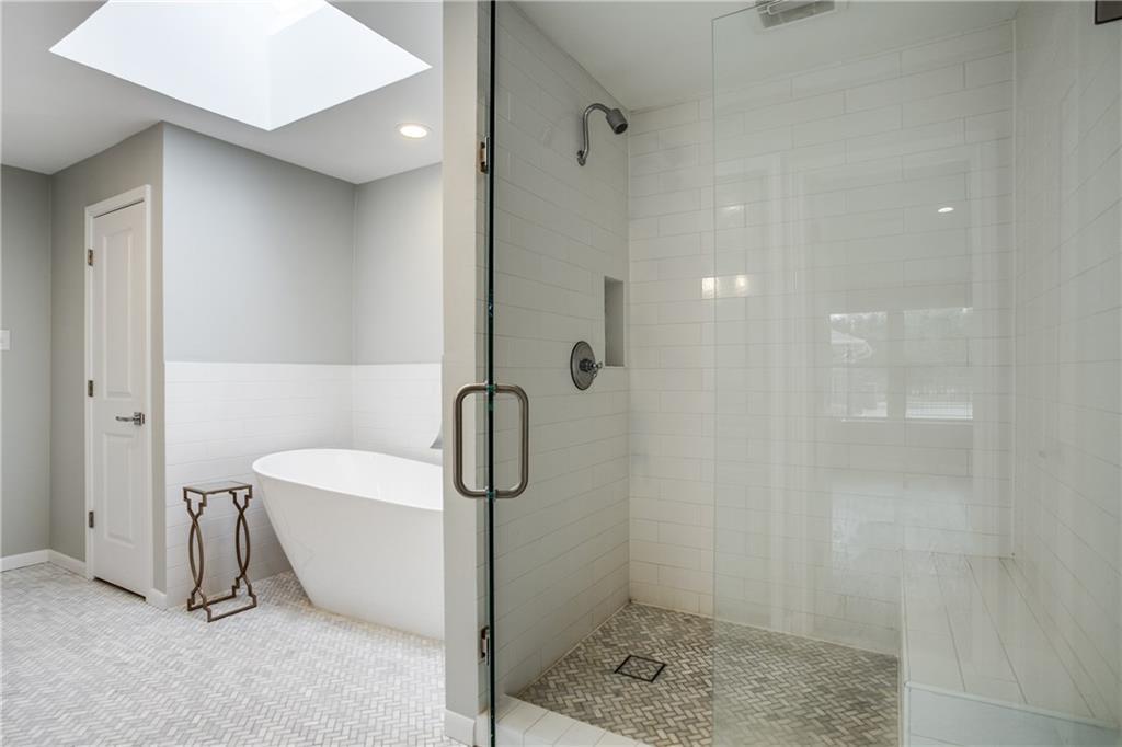 Sold Property | 7046 Northaven Road Dallas, Texas 75230 11