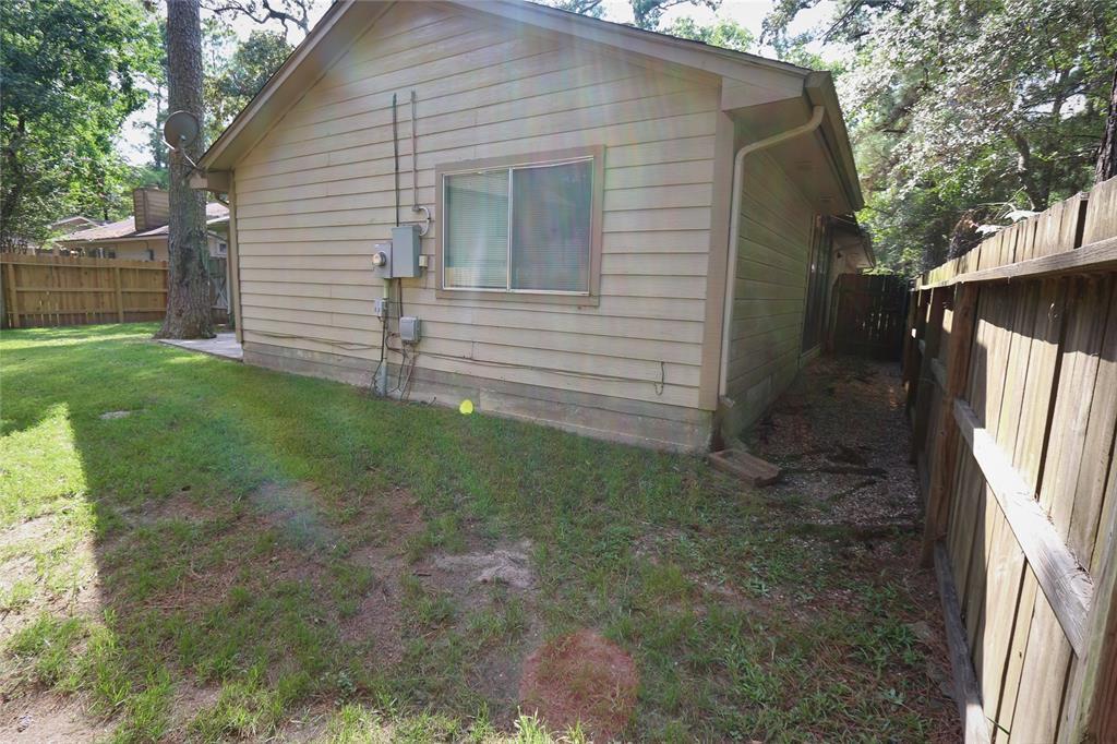 Pending | 10 Brentwood Oaks  Court Spring, TX 77381 23