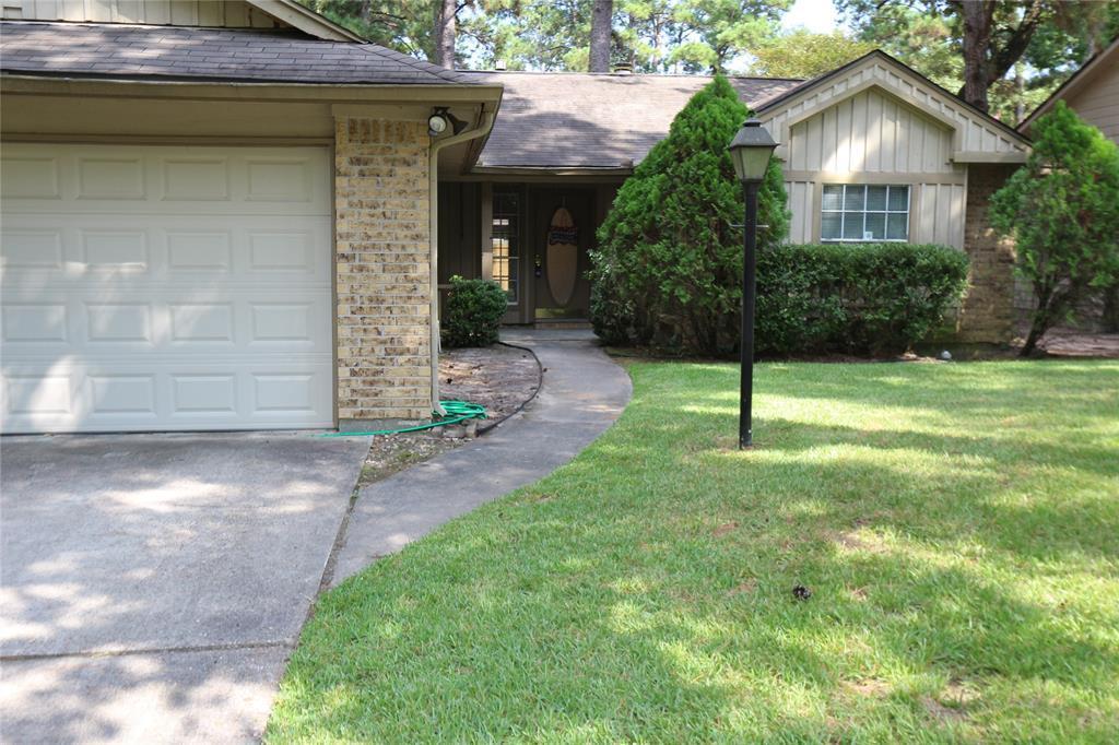Pending | 10 Brentwood Oaks  Court Spring, TX 77381 26