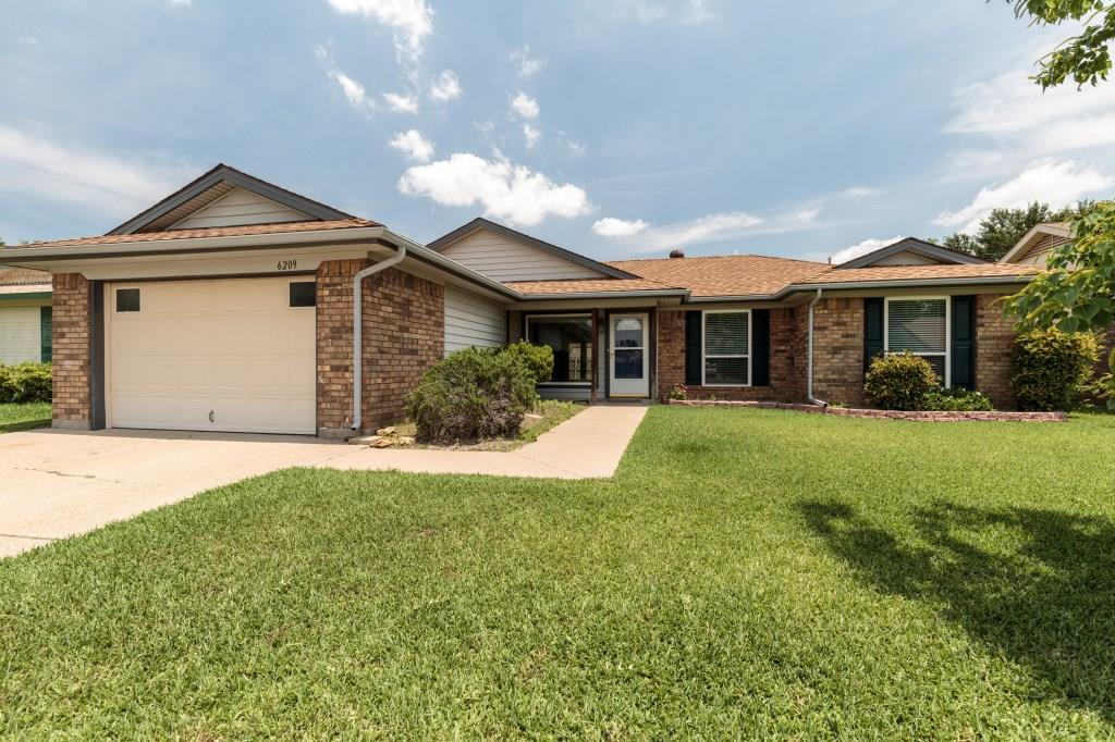 Sold Property | 6209 Valley Forge Court Arlington, Texas 76002 0