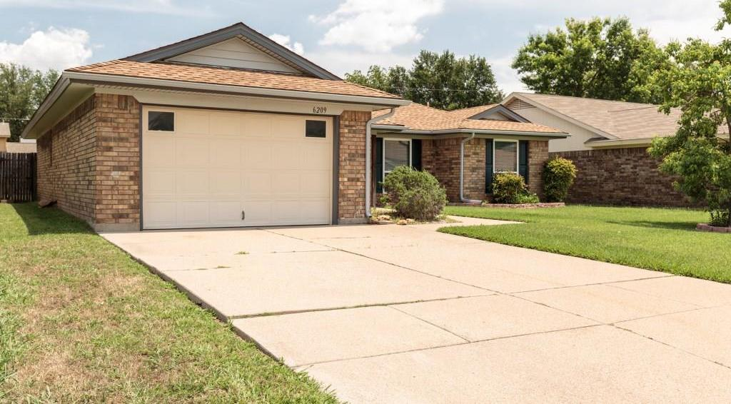 Sold Property | 6209 Valley Forge Court Arlington, Texas 76002 1