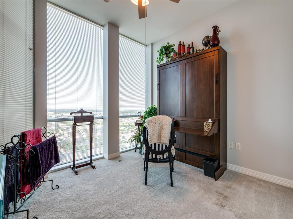 Active | 500 Throckmorton  Street #3007 Fort Worth, TX 76102 17