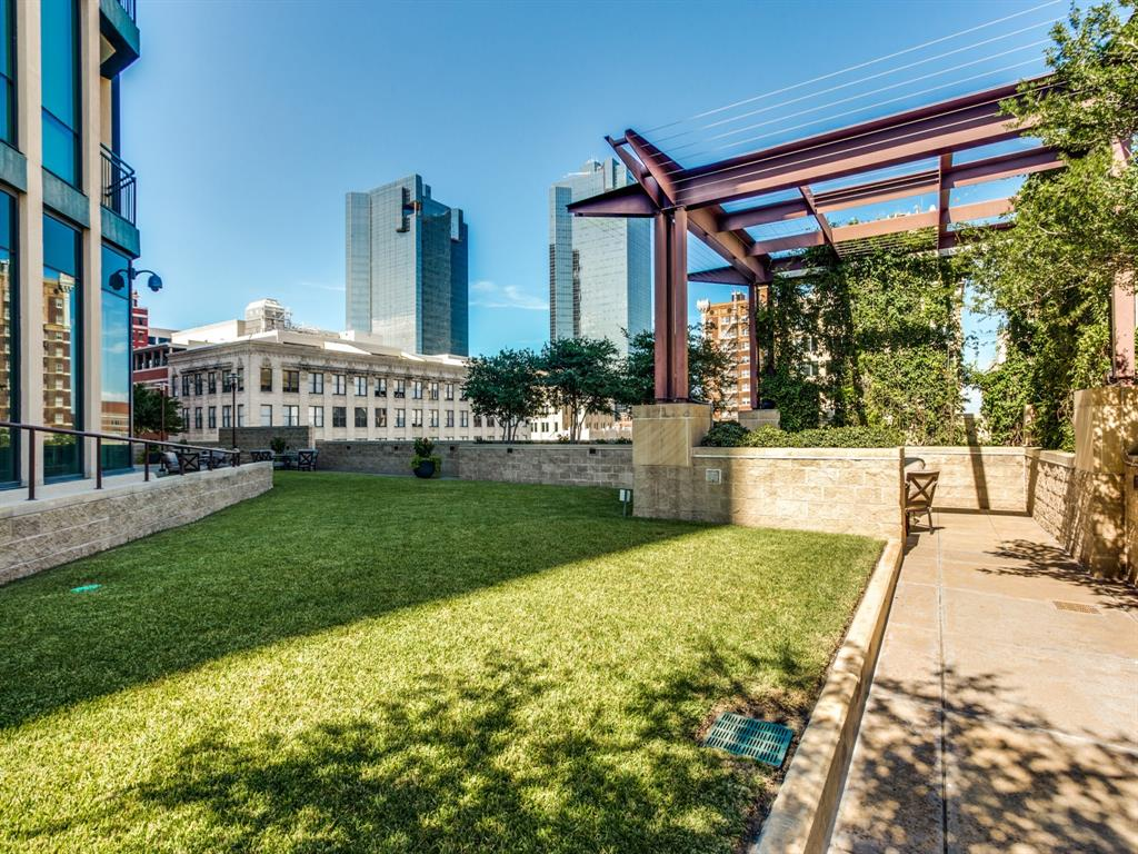 Active | 500 Throckmorton  Street #3007 Fort Worth, TX 76102 26