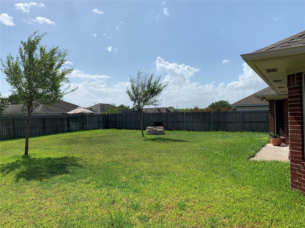 Active   2404 Axis  Court College Station, TX 77845 23