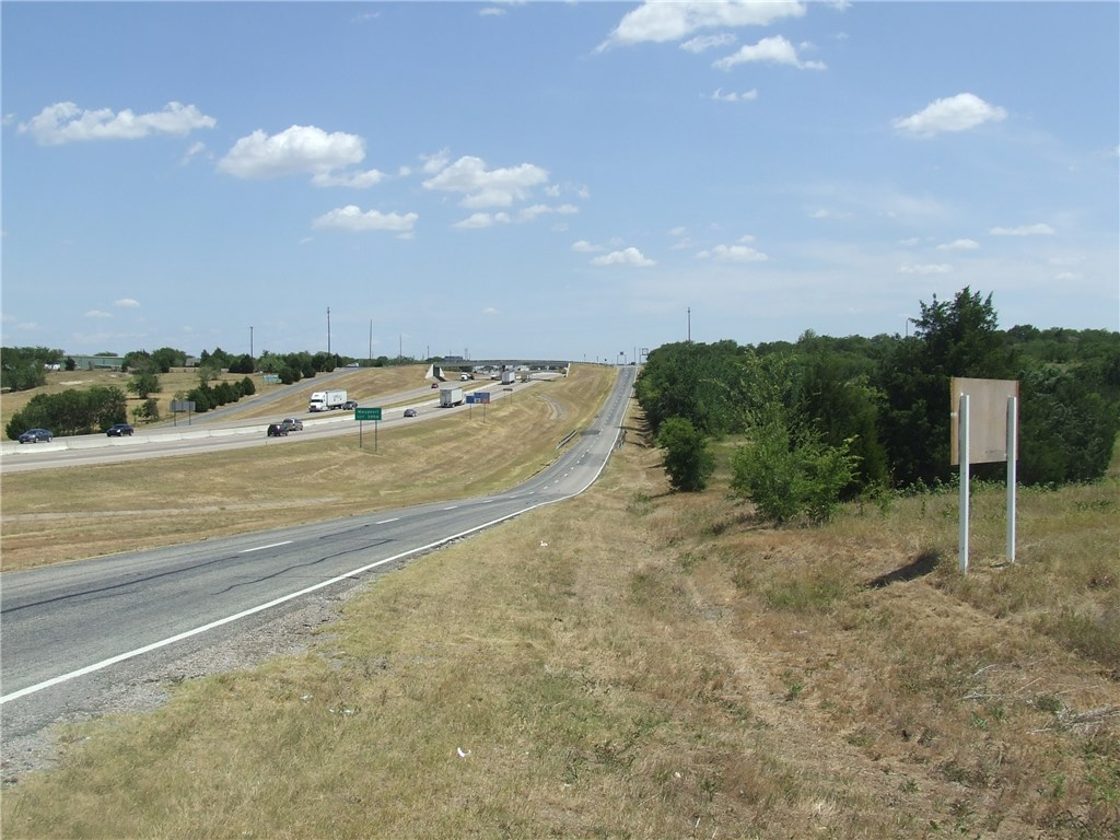 Pending | 00 Interstate 35  Waxahachie, Texas 75165 1