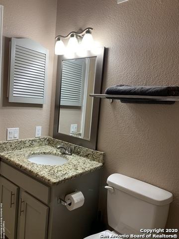 Active   100 Lorenz Rd San Antonio, TX 78209 11