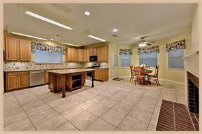 Active | 30 Wind Harp  Place The Woodlands, TX 77382 5