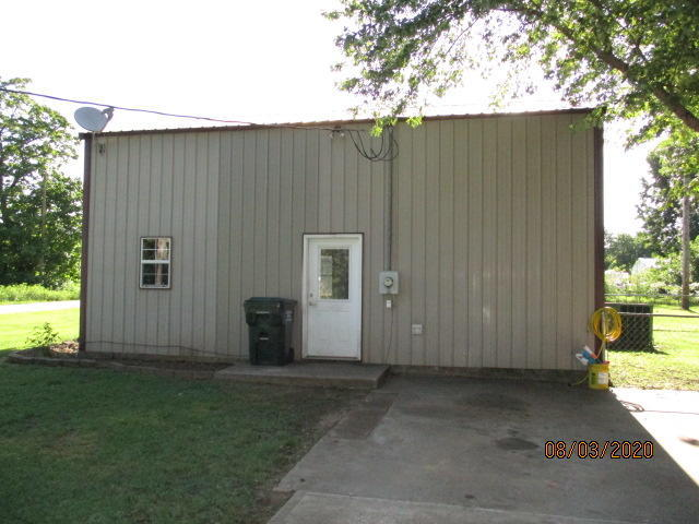Closed | 167 W 1st Ave Welch, OK 74369 12
