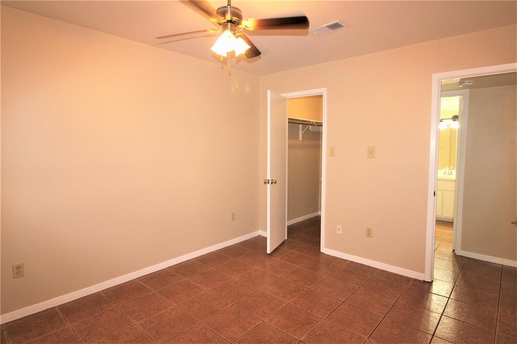 Pending   2626 Holly Hall Street   #312 Houston, TX 77054 5