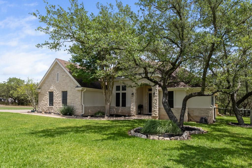 Sold Property | 10261 Twin Lake  Loop Dripping Springs, TX 78620 2