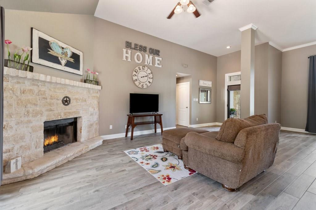 Sold Property | 10261 Twin Lake  Loop Dripping Springs, TX 78620 11