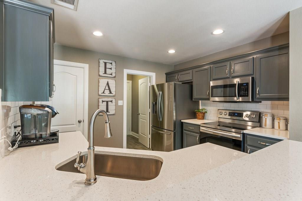 Sold Property | 10261 Twin Lake  Loop Dripping Springs, TX 78620 13