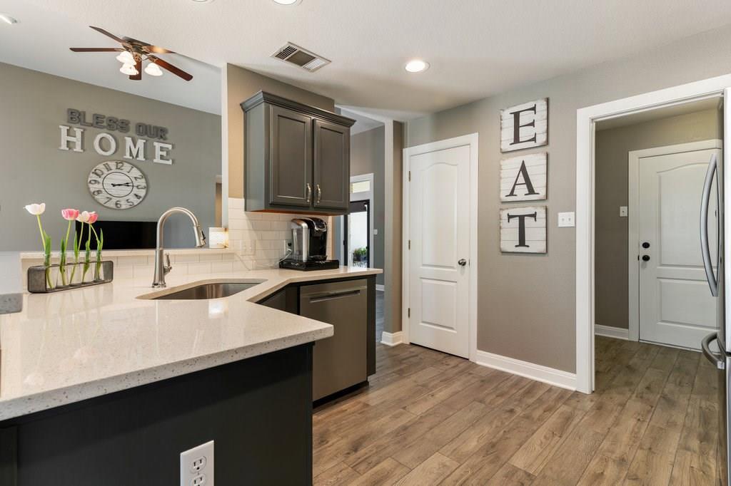 Sold Property | 10261 Twin Lake  Loop Dripping Springs, TX 78620 14