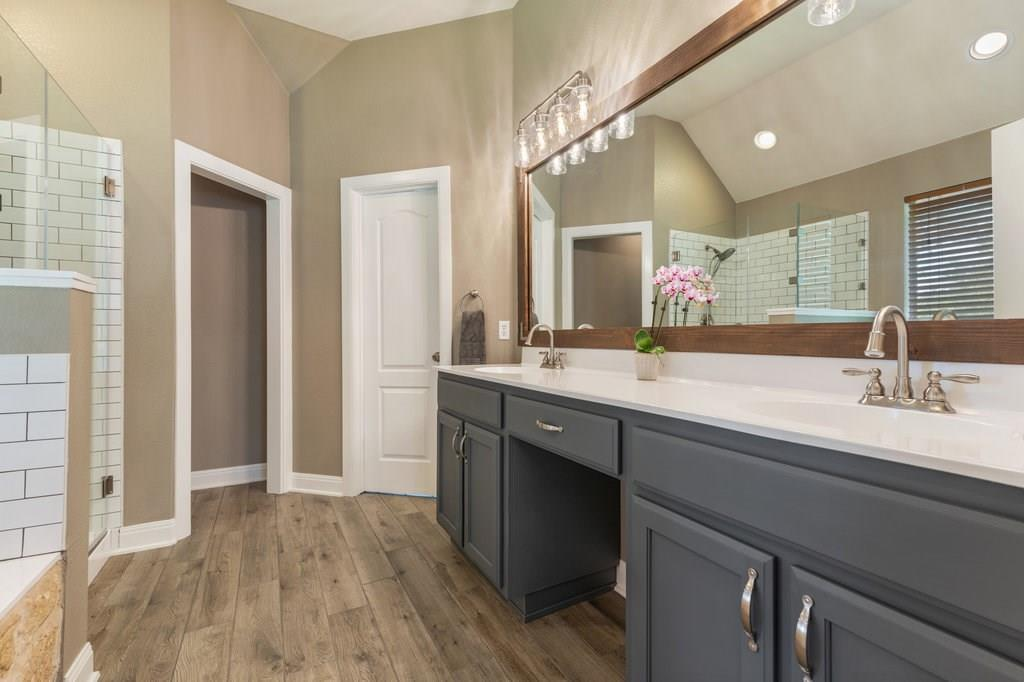 Sold Property | 10261 Twin Lake  Loop Dripping Springs, TX 78620 20