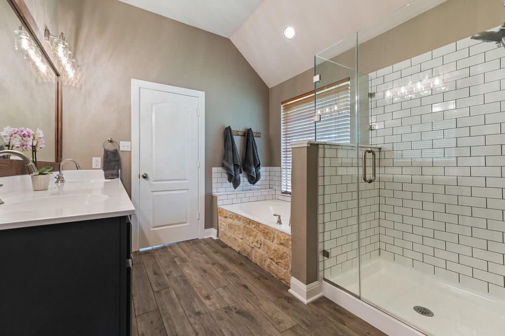 Sold Property | 10261 Twin Lake  Loop Dripping Springs, TX 78620 21