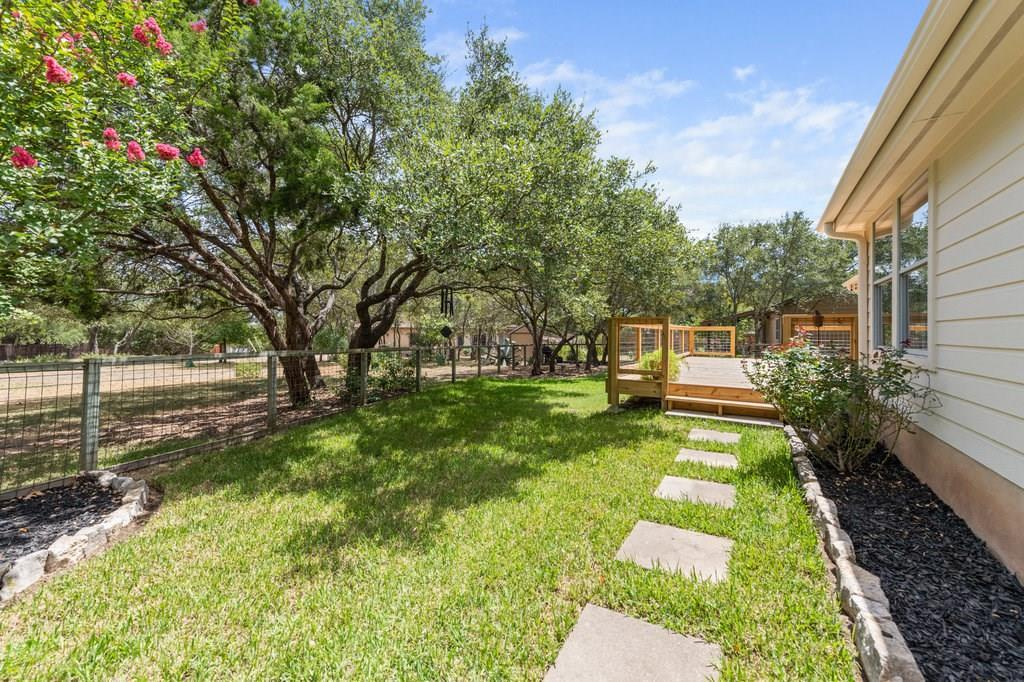 Sold Property | 10261 Twin Lake  Loop Dripping Springs, TX 78620 28