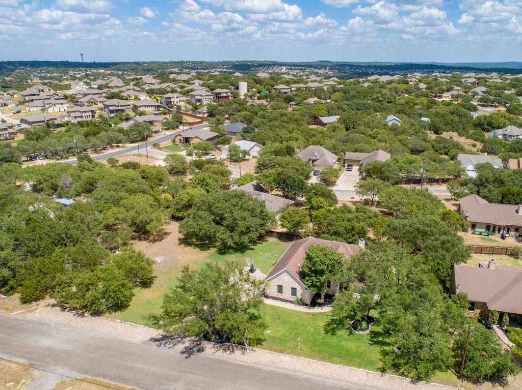 Sold Property | 10261 Twin Lake  Loop Dripping Springs, TX 78620 32