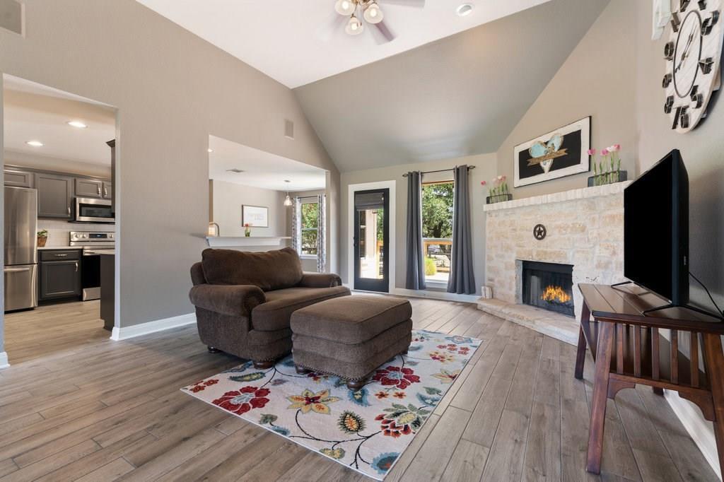 Sold Property | 10261 Twin Lake  Loop Dripping Springs, TX 78620 9
